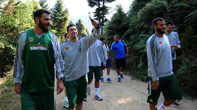 Πήρε τα… βουνά η ομάδα μπάσκετ | panathinaikos24.gr
