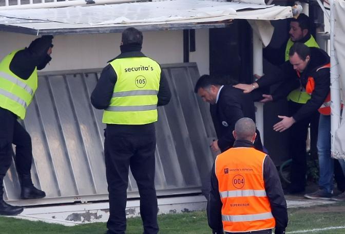 Έτσι τον φυγάδευσαν… (pics) | panathinaikos24.gr