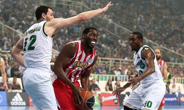 Μέρος του συμβολαίου στους προπονητές | panathinaikos24.gr
