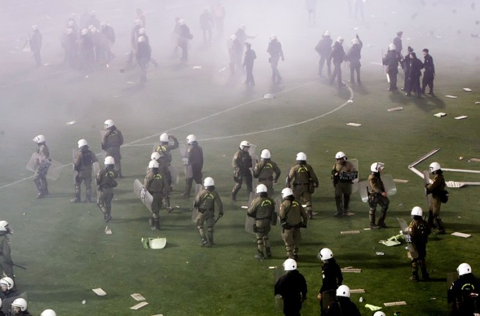 Η αστυνομία επέβαλλε τη διακοπή, απορία για την καθυστέρηση… | panathinaikos24.gr