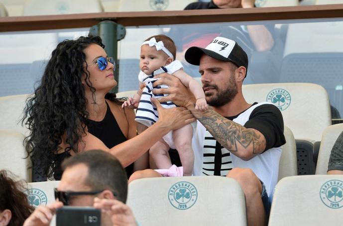 Με την οικογένεια στα επίσημα ο Νάνο (pic) | panathinaikos24.gr