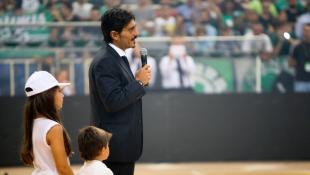 Τρολάρισμα Δημήτρη Γιαννακόπουλου σε Ολυμπιακό! | Panathinaikos24.gr