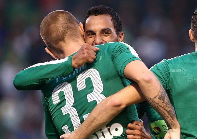 Δύο «πράσινοι» στα μπουζούκια! (Pic) | panathinaikos24.gr