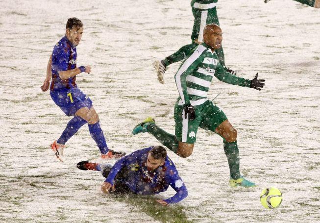 Η μάχη του Μολέντο στα χιόνια! (Pic) | Panathinaikos24.gr