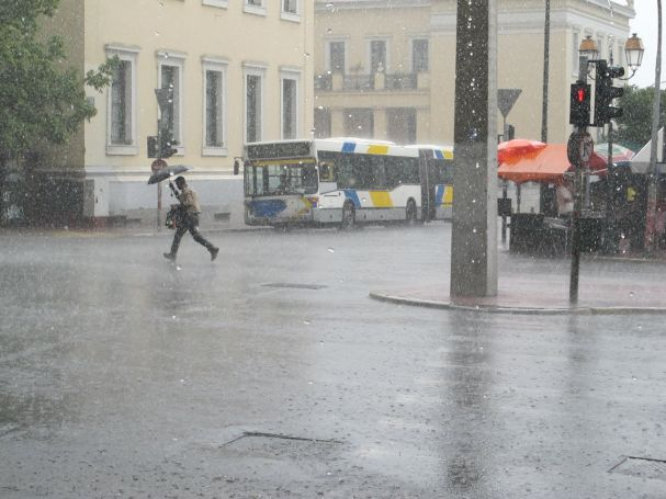 Έκτακτο δελτίο καιρού: Νέο κύμα κακοκαιρίας με καταιγίδες και θυελλώδεις ανέμους (vid) | panathinaikos24.gr