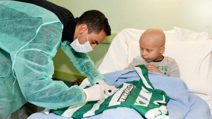 Παιδάκι από τον σύλλογο «Ελπίδα» ζήτησε να δει τον Ζέκα   Panathinaikos24.gr