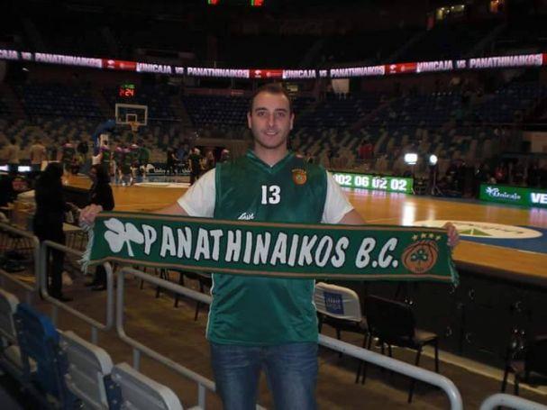 Ενας Ισπανός που είναι «άρρωστος» Παναθηναϊκός! (pics) | Panathinaikos24.gr