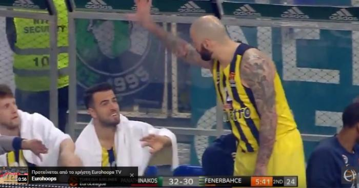BINTEO: H στιγμή που ο Αντιτς μουντζώνει τον κόσμο στο ΟΑΚΑ! | Panathinaikos24.gr