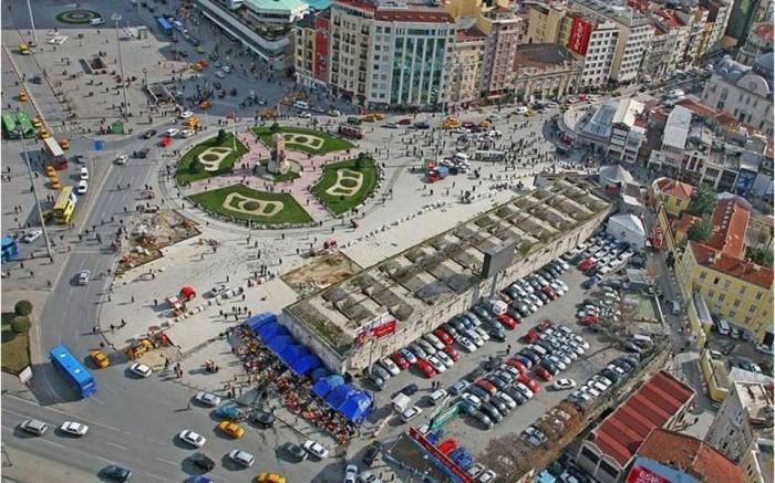 EKTAKTO: Μαχαίρωσαν οπαδούς του Ολυμπιακού στην Κωνσταντινούπολη! | Panathinaikos24.gr