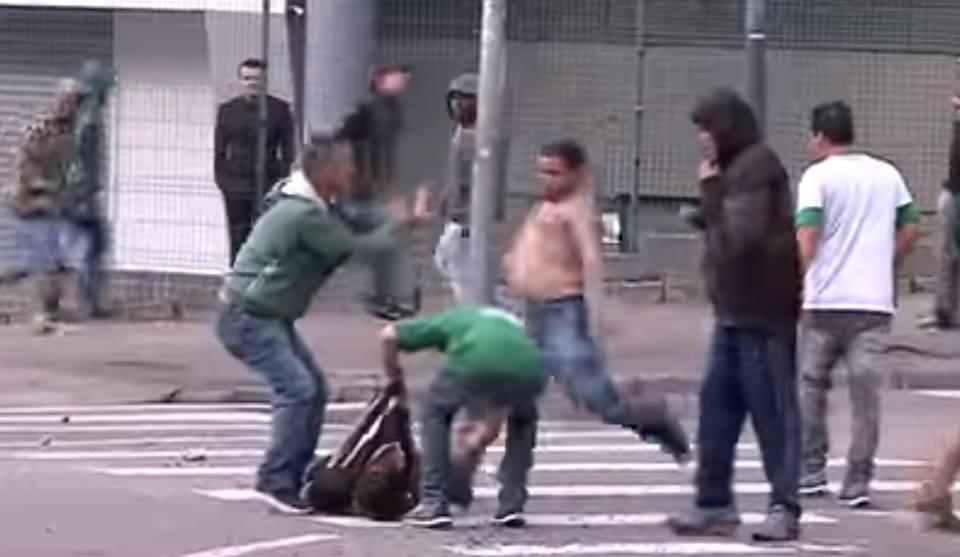 Σκηνές ΣΟΚ: Τρομακτικά επεισόδια και ένας νεκρός στη Βραζιλία (vids)