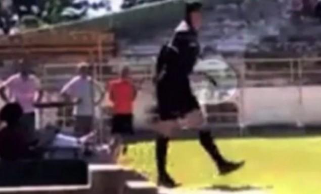 Τρομερό περιστατικό στη Βραζιλία. Διαιτητής έβγαλε όπλο και απείλησε ποδοσφαιριστή! (vid) | panathinaikos24.gr