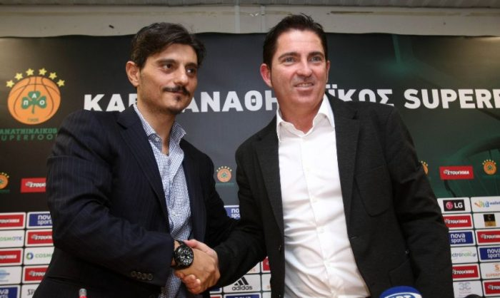 Πασκουάλ για το πούλμαν: «Ας έρθουμε στη θέση του ιδιοκτήτη» | Panathinaikos24.gr