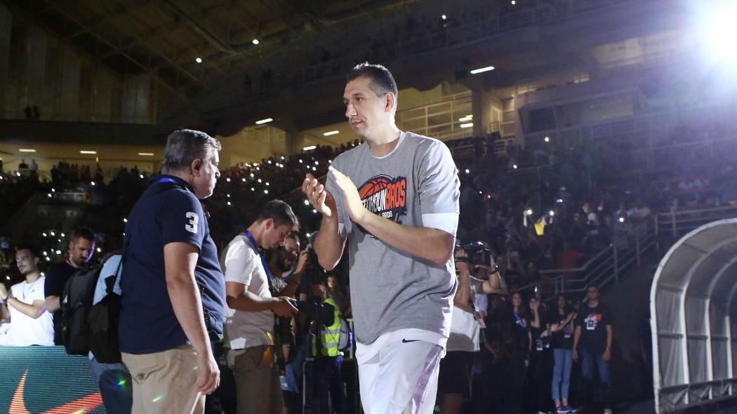 Διαμαντίδης: «Προσπαθώ να μάθω τα παιδιά πώς θα αγαπούν το μπάσκετ»