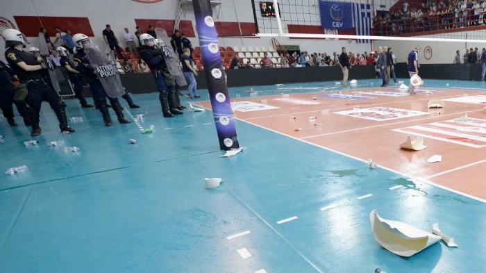 Απόφαση – σκάνδαλο στο βόλεϊ: Δυο αγωνιστικές στον Ολυμπιακό! | Panathinaikos24.gr