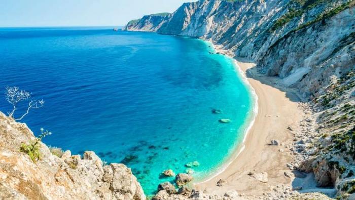 Η πιο επικίνδυνη παραλία της Ελλάδας που κανείς δεν τολμάει να πάει (Pics) | Panathinaikos24.gr