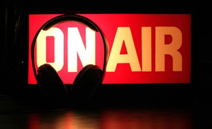 «Μικρόφωνο στα γήπεδα»: Αναγνωρίζεις τους 7 σπορτκάστερ που άκουγες πιτσιρικάς κάθε Κυριακή; | panathinaikos24.gr