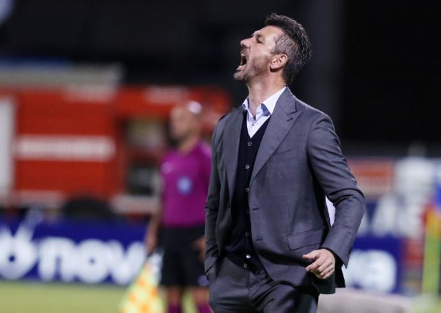 Ουζουνίδης σε παίκτες: «Ρε τι κάνετε; Πάτε καλά;…» | Panathinaikos24.gr