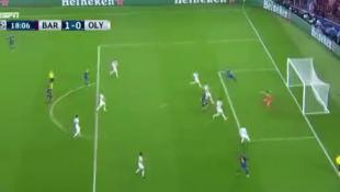Μπαρτσελόνα-Ολυμπιακός: Το 1-0 με το αυτογκόλ του Νικολάου (vid) | Panathinaikos24.gr
