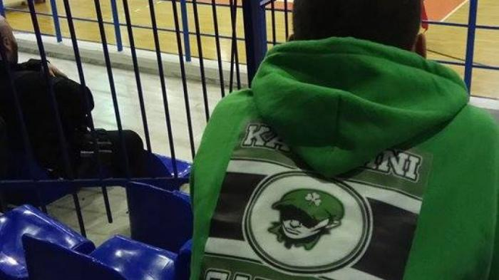 Έμπρακτη στήριξη φίλων του Παναθηναϊκού στην ομάδα βόλεϊ (Pics) | panathinaikos24.gr