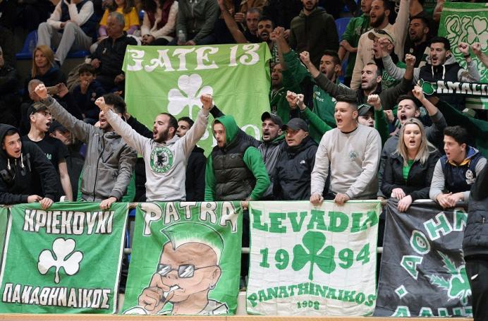 Θύρα 13: Στήριξη και αποθέωση στο Βραχάτι (vid) | Panathinaikos24.gr