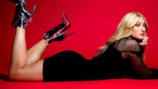 Ιωάννα Τούνη: Βγαλμένη από τις σελίδες του Playboy στη νέα της διαφήμιση (Pics & Vid) | Panathinaikos24.gr