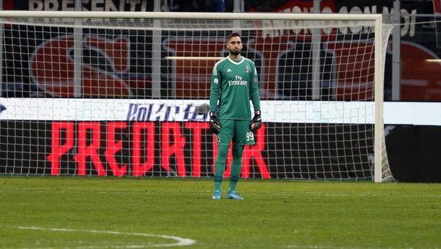 Συγκλονιστική στιγμή: Ο Ντοναρούμα κλαίει λόγω υβριστικού πανό εις βάρος του (Pic,Vid)! | Panathinaikos24.gr