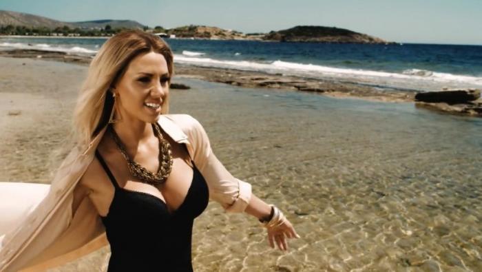 Σάσα Μπάστα: Το τεράστιο ποσό που έπαιρνε για μια προκλητική φωτογράφιση | Panathinaikos24.gr