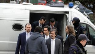 ΕΚΤΑΚΤΟ: Ελεύθερος με αυστηρούς περιοριστικούς όρους ένας από τους 8 Τούρκους πραξικοπηματίες! | Panathinaikos24.gr