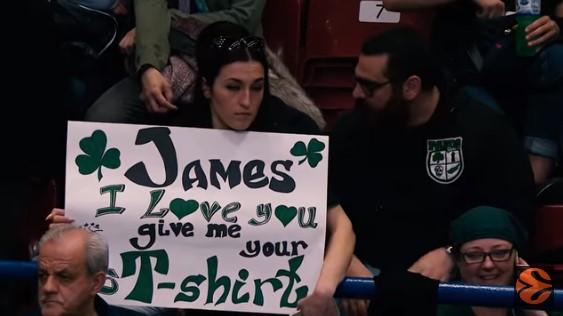 Η μεγαλύτερη fan του Τζέιμς και η «πράσινη» αντεπίθεση στο Μιλάνο! (vid) | panathinaikos24.gr