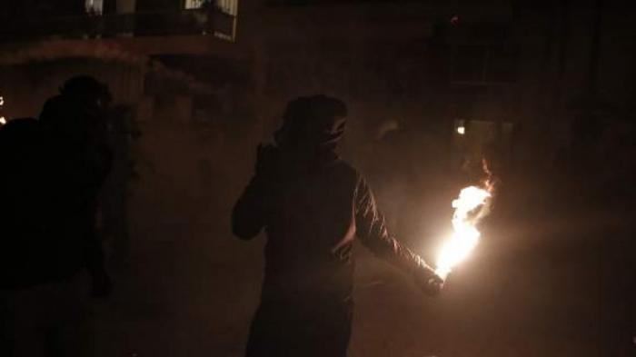 Μπαράζ επιθέσεων με μολότοφ στα Εξάρχεια | panathinaikos24.gr