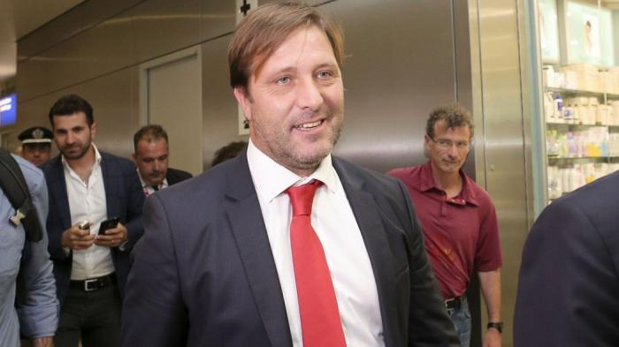 Οι 35 μέρες που πέρασε ο νέος προπονητής του Ολυμπιακού στη φυλακή! | panathinaikos24.gr