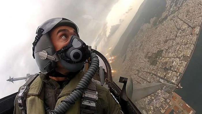 Μετά την αναχαίτιση: Ο θανατηφόρος κίνδυνος που απειλεί τους πιλότους των μαχητικών αεροσκαφών (Pics) | panathinaikos24.gr