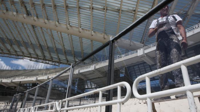 «Φρούριο» το ΟΑΚΑ με ειδικά κιγκλιδώματα σε όλες τις θύρες! (pics) | Panathinaikos24.gr