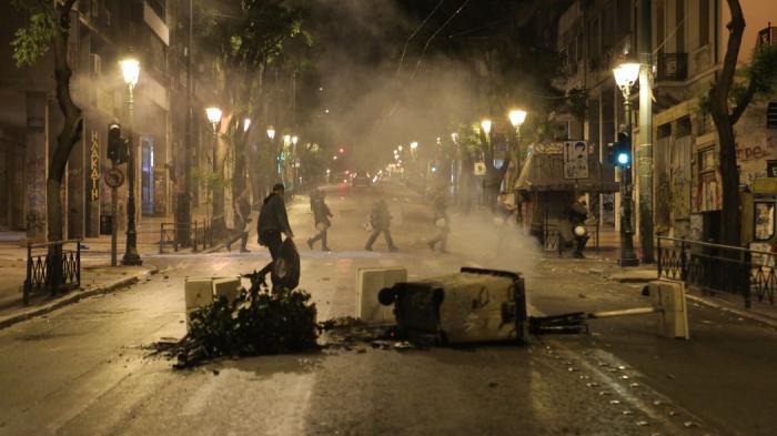 ΕΚΤΑΚΤΟ: Μαχαιρώθηκε οπαδός στο κέντρο της Αθήνας!   Panathinaikos24.gr