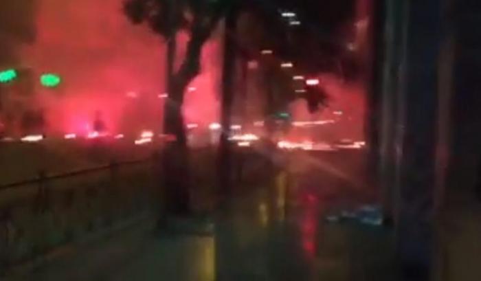 «Καίγεται» η Κάνιγγος – Επεισόδια μεταξύ οπαδών και αστυνομίας – Χημικά, κρότου λάμψης και μολότοφ [vid] | panathinaikos24.gr