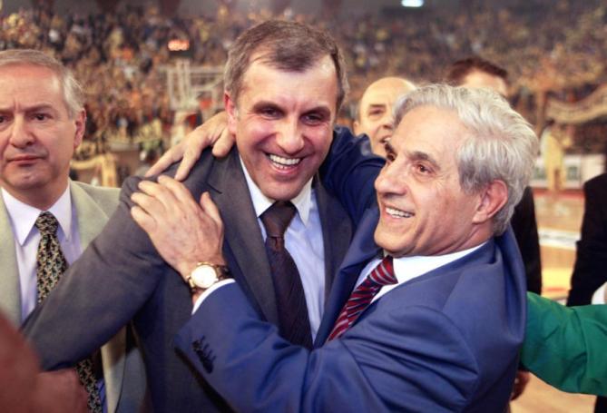 Στη Μητρόπολη ο Ομπράντοβιτς για το «αντίο» στον Παύλο Γιαννακόπουλο | Panathinaikos24.gr