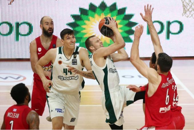 Χάρηκε για τη νέα… προσθήκη ο Λεκαβίτσιους (pic) | panathinaikos24.gr