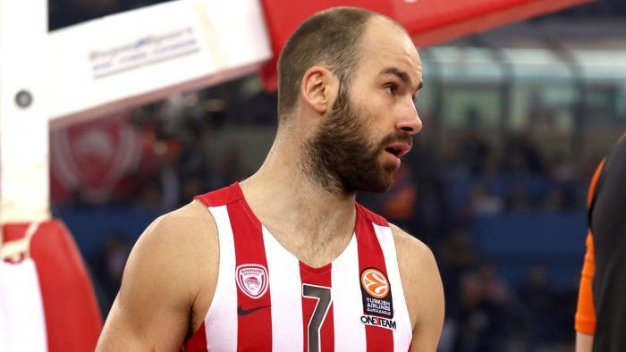 Σπανούλης και Π. Αγγελόπουλος έστειλαν στεφάνια για τον Παύλο Γιαννακόπουλο (pic) | Panathinaikos24.gr