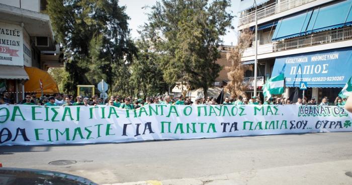Πεντακόσιες μηχανές έξω από το Α' Νεκροταφείο, για το «αντίο» στον Παύλο (Pics)! | panathinaikos24.gr