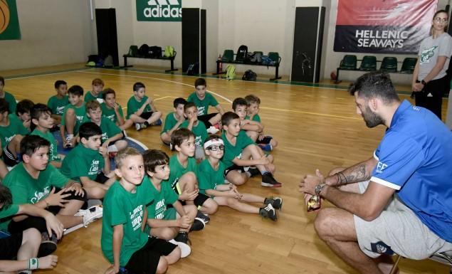 Επίσκεψη Μπουρούση στην «πράσινη» Ακαδημία | panathinaikos24.gr