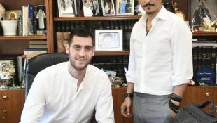 Το… κόλπο του Δημήτρη: Ο όρος στο συμβόλαιο του Παπαγιάννη που «διώχνει» το NBA