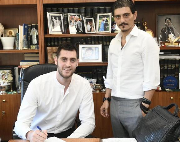 Το… κόλπο του Δημήτρη: Ο όρος στο συμβόλαιο του Παπαγιάννη που «διώχνει» το NBA | panathinaikos24.gr