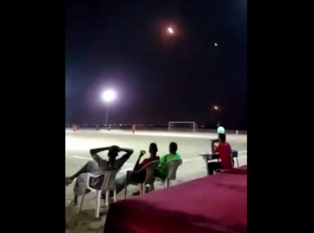 Σοκαριστικό βίντεο: Παίζουν μπάλα και από πάνω περνούν ρουκέτες!   panathinaikos24.gr