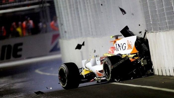 Crashgate: Η πιο βρώμικη κούρσα στην ιστορία της Formula 1! | panathinaikos24.gr