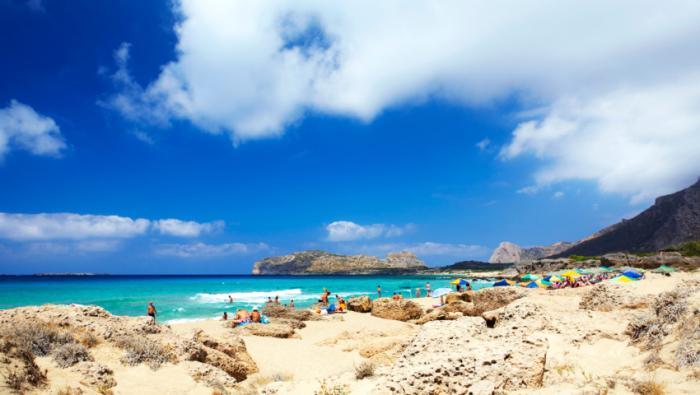 Τολμάς να μπεις; Η παραλία με τα μεγαλύτερα κύματα στην Ελλάδα (Pics) | panathinaikos24.gr