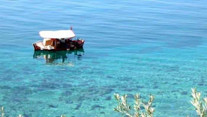 Μπάνιο μέχρι τον Νοέμβρη: Η πιο ζεστή παραλία της Ευρώπης είναι δίπλα στην Αθήνα! | panathinaikos24.gr