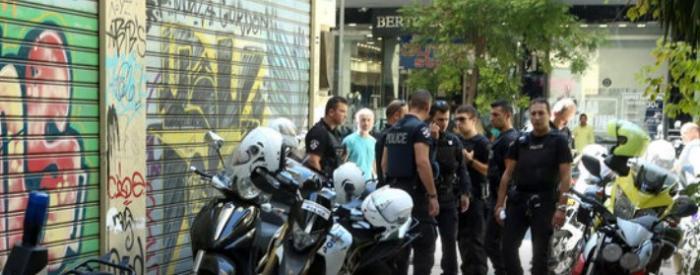 Ομόνοια: Συνελήφθη ο ιδιοκτήτης του κοσμηματοπωλείου μετά το θάνατο του ληστή (vid) | panathinaikos24.gr