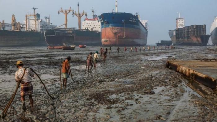 Νεκροταφείο πλοίων και ψυχών: Ένα μέρος που η οσμή θανάτου ντροπιάζει όσο λίγα το ανθρώπινο είδος | panathinaikos24.gr