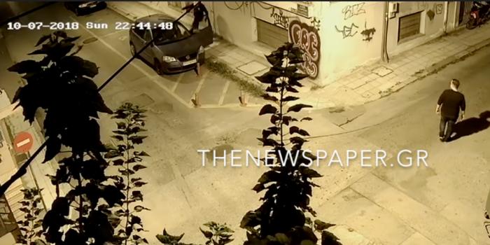 Βίντεο σοκ: Άγριος ξυλοδαρμός δημοσιογράφου στον Βόλο – Περαστικοί τρέχουν αντί να βοηθήσουν | panathinaikos24.gr