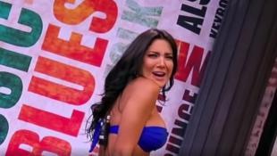 Κολομβιανή δημοσιογράφος χορεύει αισθησιακά και τρελαίνει τους θαυμαστές της! (vid)